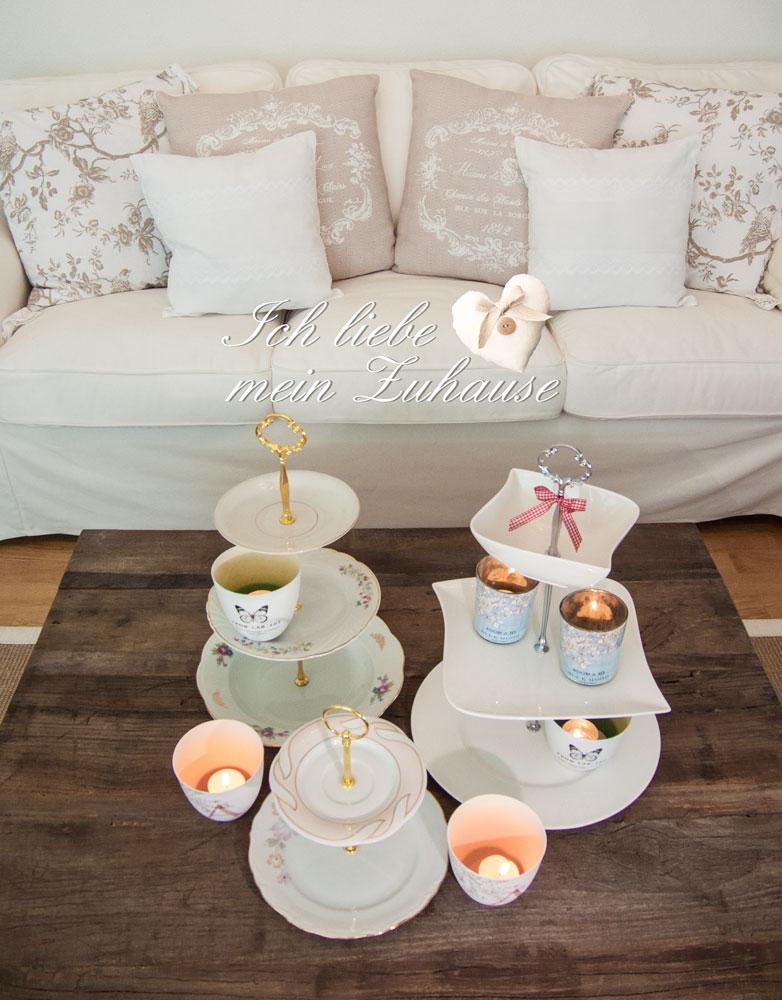 deko w nsche mit sofakissen und etag re ich liebe mein zuhause landhausstil zum wohlf hlen. Black Bedroom Furniture Sets. Home Design Ideas