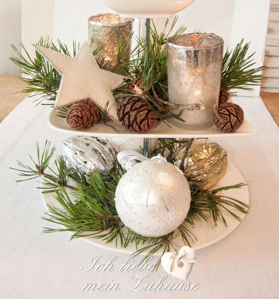 wie dekoriere ich eine weihnachts etagere ich liebe. Black Bedroom Furniture Sets. Home Design Ideas