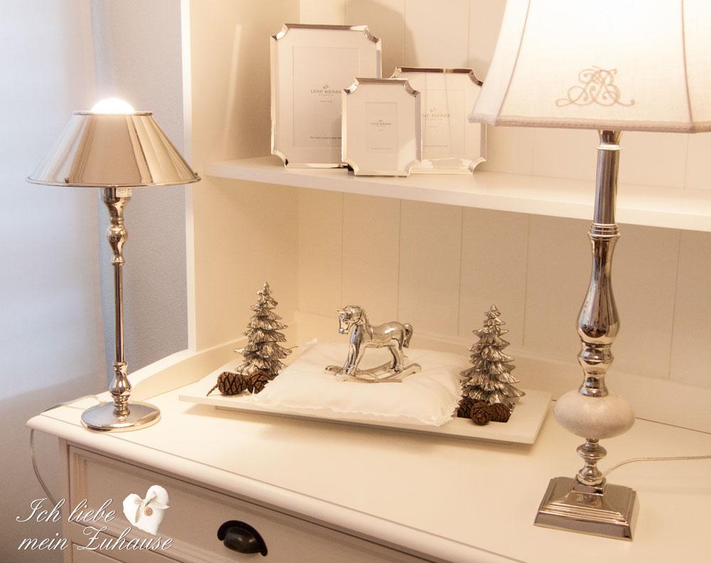 blog-tablett-mit-weihnachts-dekoration-und-geschenkidee-2